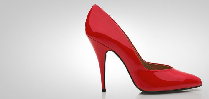 Look good in heels banner - red heel - Elastoplast